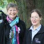 Vikki Bengtsson and Helen Read running a VETreecourse in veteran tree management